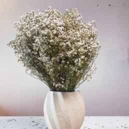 WCKD/a Vase mit Trockenblumen